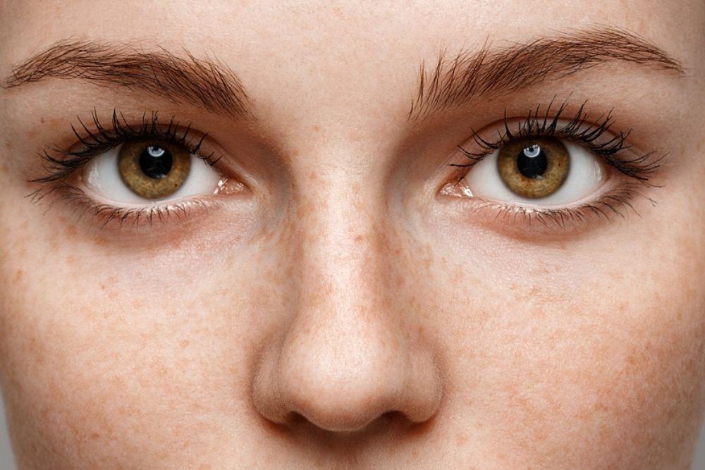 ¿Qué determina el color de los ojos?